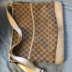 Gucci bag cross body